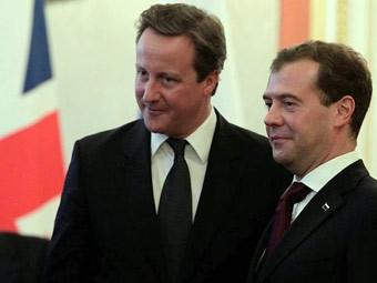 Дэвид Кэмерон и Дмитрий Медведев на встрече в Кремле. Фото пресс-службы президента России